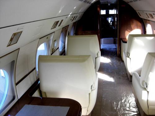 Gulfstream-G4-photo-3